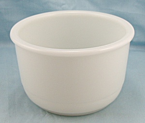 Milk Glass Mixing Bowl	 (Image1)