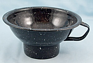 Graniteware / Canning Jar Funnel/Cup (Image1)