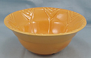California Pottery � Tulip Bowl - 657 (Image1)