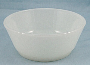 Fire King – Small White Mother Of Pearl Bowl (Image1)