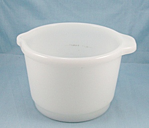 White Glass Mixing Bowl – Inside Cup Increments (Image1)
