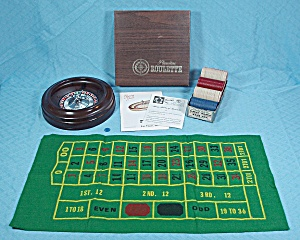 Roulette Set With Van Dyke Paper Chips, Pleasantime