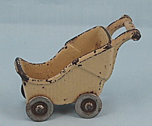 Kilgore Toy- Baby Carriage � Old Ivory - Cast Iron � Dollhouse Miniature     (Image1)
