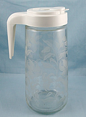 Tang Pitcher – Advertising Pitcher - White Lid – Floral Glass Pattern (Image1)