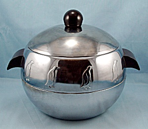 Art Deco Style Ice Bucket � Penguins � West Bend - Tongs (Image1)