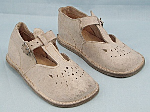 Wee Walker � Leather - Youth / Baby Shoes (Image1)