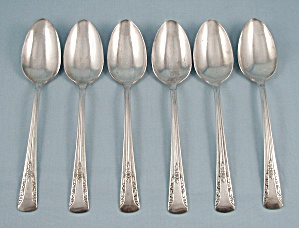 International Silver � Camelia, 1940 � Silver Plate, Six Large Spoons (Image1)