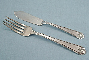 Lynbrook  Silver Plate Sectional – Fork & Butter Knife (Image1)