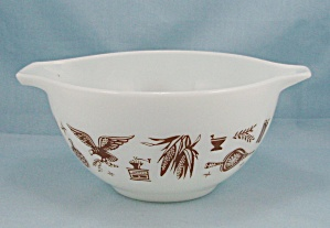 Pyrex 441 - Early American, Cinderella - 1-1/2 Pt Bowl