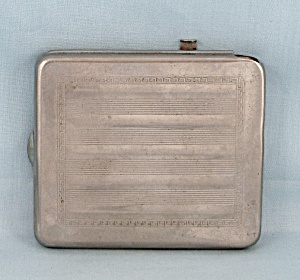Lymco � Vintage Ejector Cigarette Case � Patn�t Applied (Image1)