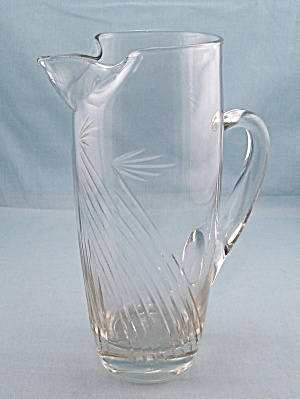 Cocktail / Martini Pitcher, Cut Glass Design (Image1)