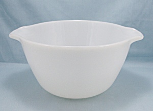 Fire King White Mixing Bowl	 (Image1)