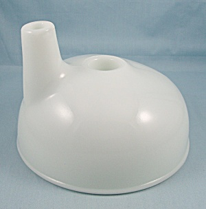 Milk Glass - Juicer / Mixer Attachment - Kitchen Collectibles (Image1)