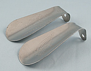 Advertising � Shoe Horns / Red Wing & Thom McAn (Image1)