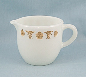 Pyrex Butterfly Gold Creamer, Cream Pitcher (Image1)