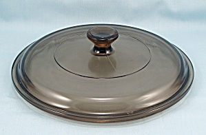 Pyrex P 83 C, Corning Glass, Amber Lid � Round / 6-1/2 Inches (Image1)