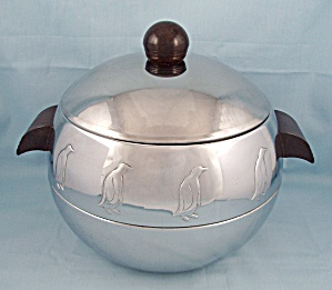 Art Deco Style Ice Bucket – Penguins – West Bend Hot & Cold Server (Image1)