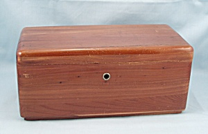 Lane Cedar Chest, Miniature � Trinket/Jewelry Box	 (Image1)
