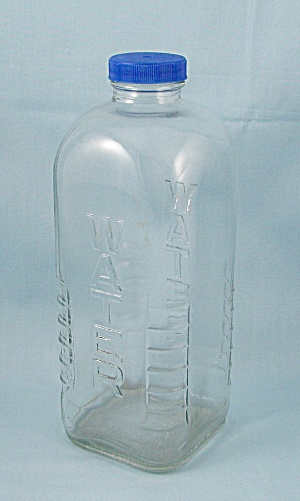 Owens-Illinois � Square Refrigerator Water Bottle (Image1)