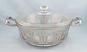 Glasbake 206, 216 Casserole Dish, Lid And Cradle (Image1)
