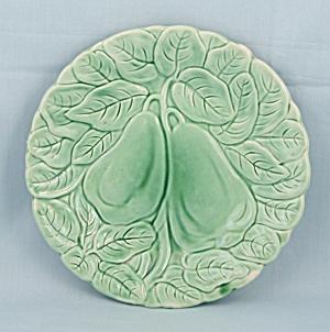 Bordalo Pinheiro – Green Majolica Salad Plate, Raised Fruit (Image1)