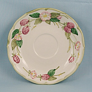 Metlox/Poppytrail – Sculptured Berry – Saucer (Image1)