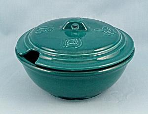 Buffalo China Bowl, Hunter Green, Slotted Lid (Image1)
