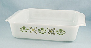 Meadow Green � FIRE KING � 8-In. SQ Cake Pan (Image1)