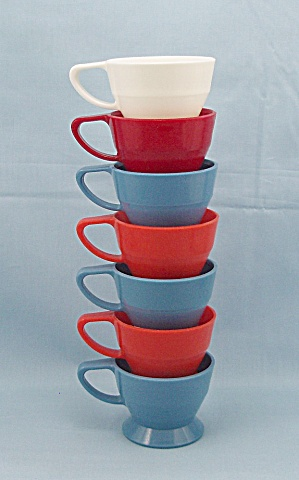 7 Cups - Solo Cup Co. - Holder No.68 - Orange, Blue, Red & White