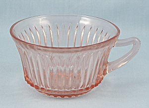 Queen Mary – Vertical Ribbed – Pink Cup	 (Image1)
