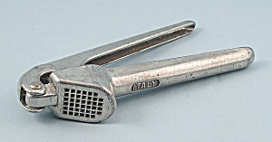 Italy - Garlic Press