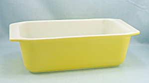 Vintage Pyrex 913 - Primary Yellow - Loaf Pan