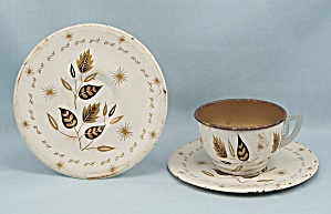 Tin Litho - Tea Cup, 2 Saucers