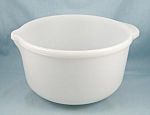 Large Mixing / Batter Bowl, Spout & Handle (Image1)