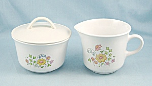 Corelle - Meadow - Creamer & Covered Sugar