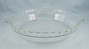 Pyrex - Flavour Saver, Fluted Pie Dish # 228, 8-1/2-inch