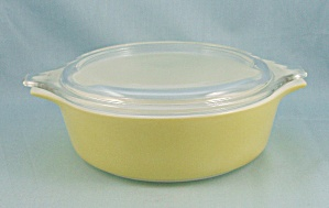 Pyrex 471 - Yellow/ Primary Color