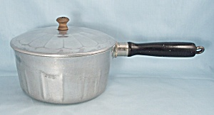 Household Institute, Cast Aluminum, Saucepan & Lid	 (Image1)