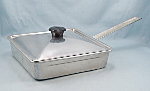 Mirro 5124-M / Square Pan / Poached Egg Pan / Four Square Inserts (Image1)