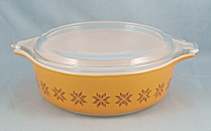 Pyrex 471 - Town And Country -1 Pint Bowl, Cover