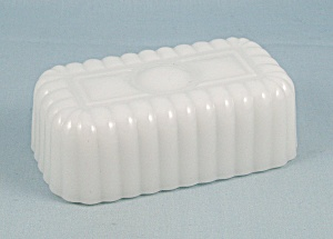 Vintage Opaque/Ribbed, Milk Glass ½ Stick Butter Dish Cover (Image1)