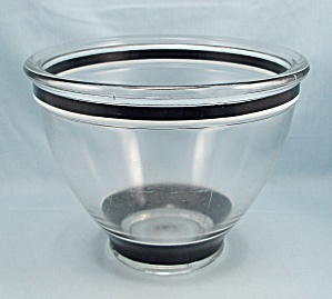 Kitchen Aid � Threaded Locking Mixing Bowl � Black, White, Clear (Image1)