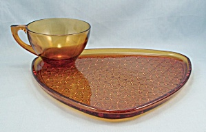Amber Triangle Snack Plate & Cup - Anchor Hocking