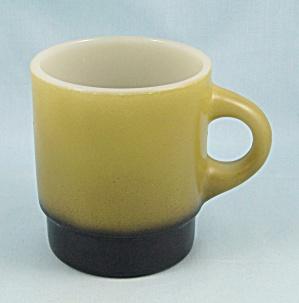 Fire King Mug, C-Handle, Avocado & Black (Image1)