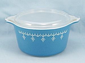 Pyrex 473 – Snowflake – Blue, White – 1 QT W/Lid (Image1)