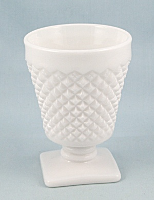 Westmoreland English Hobnail - Footed Oyster, Square Base