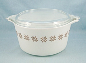 Pyrex 473 - Town And Country -1 Qt Bowl, Cover