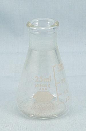 Kimax USA, No 26500, 25 ml Glass Flask (Image1)