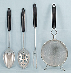 Ekco Utensils Set – 5 Pieces, Black Basket Weave Handles  (Image1)