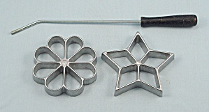 Molds/ Rosette Irons Set Of Two